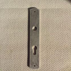 Plaque de propreté avec trou de béquille