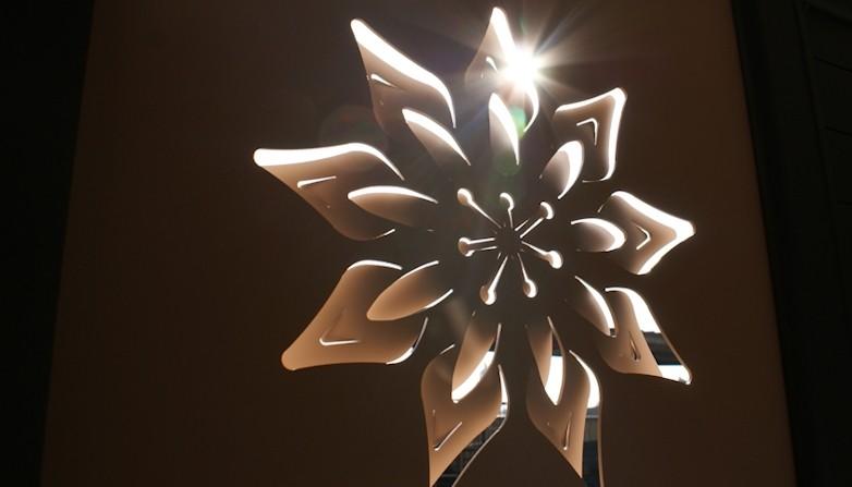 Motif découpe jet d'eau origami